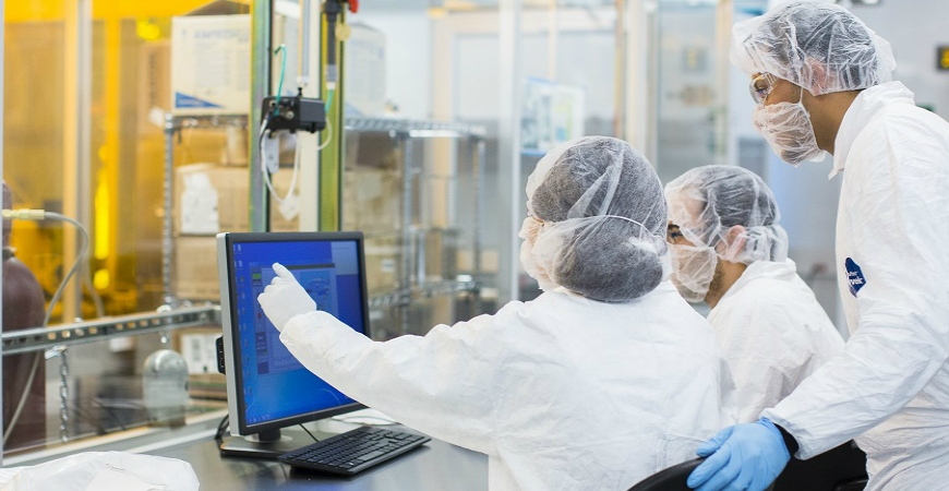 The Stem Cell Instrumentation Foundry (SCIF) is housed in a 4,260 sq. ft. facility, which includes Class 1000 clean rooms for nano fabrication.